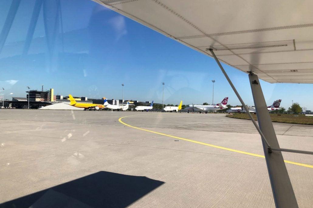 Flughafen Leipzig/Halle, Vorfeld