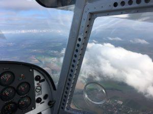 Rundflug - Blick aus dem Cockpit