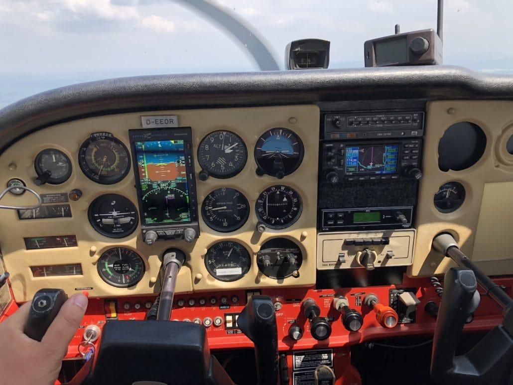 Cockpit Cessna